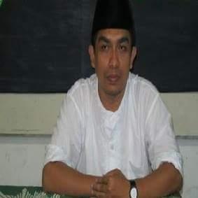 Ust. Ahmad Hudaifah, S.Sos.