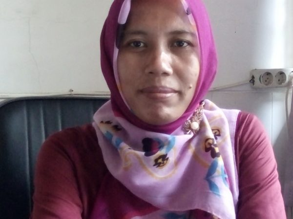 Llilies Haryanti, S.Pd.