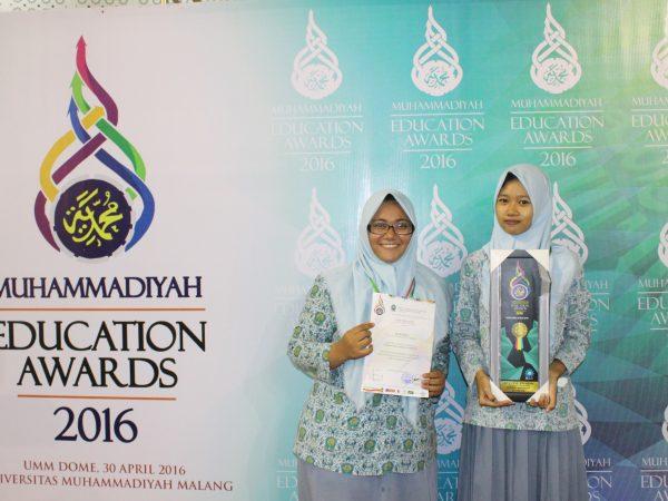 Special Award Majalah Sekolah tingkat Nasional ME Award di UMM